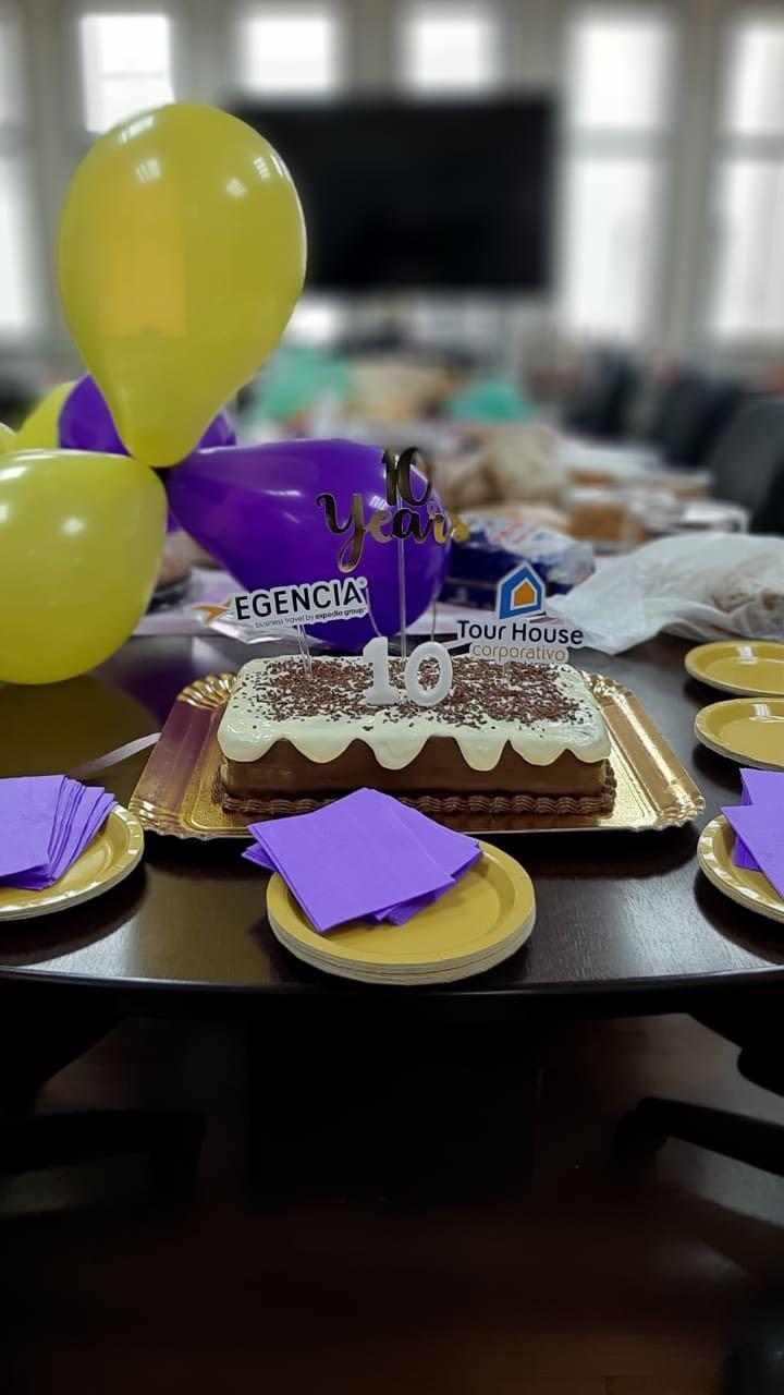 Egencia och Tour House firar ett tioårigt samarbete